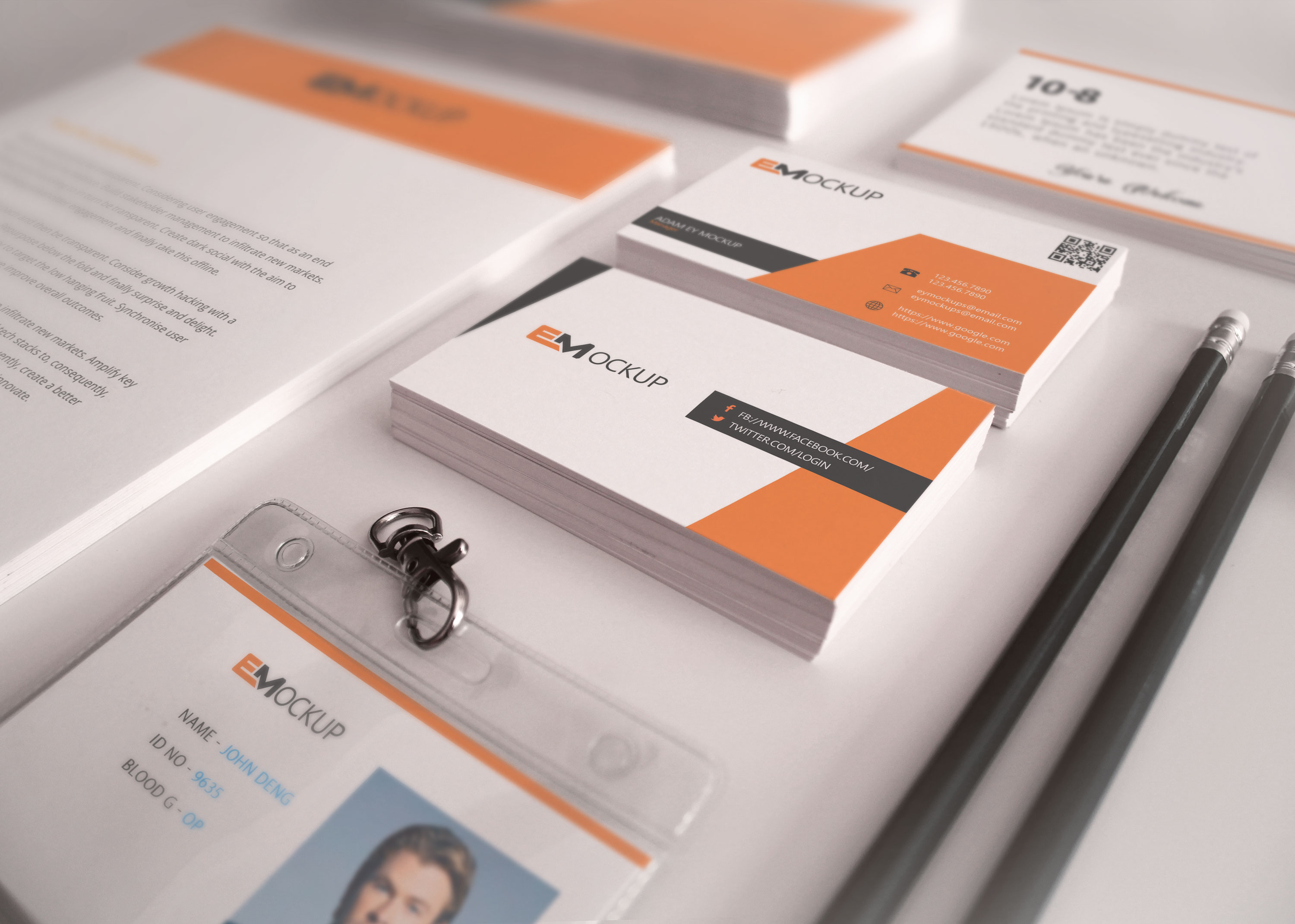 Free PSD Business Card Design Mockup