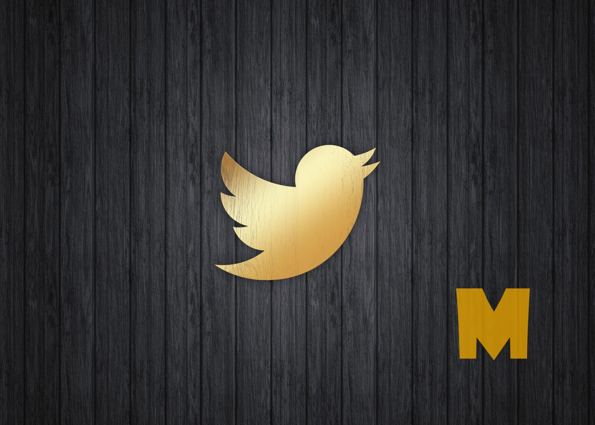 Golden Twitter Icon PSD Mockup