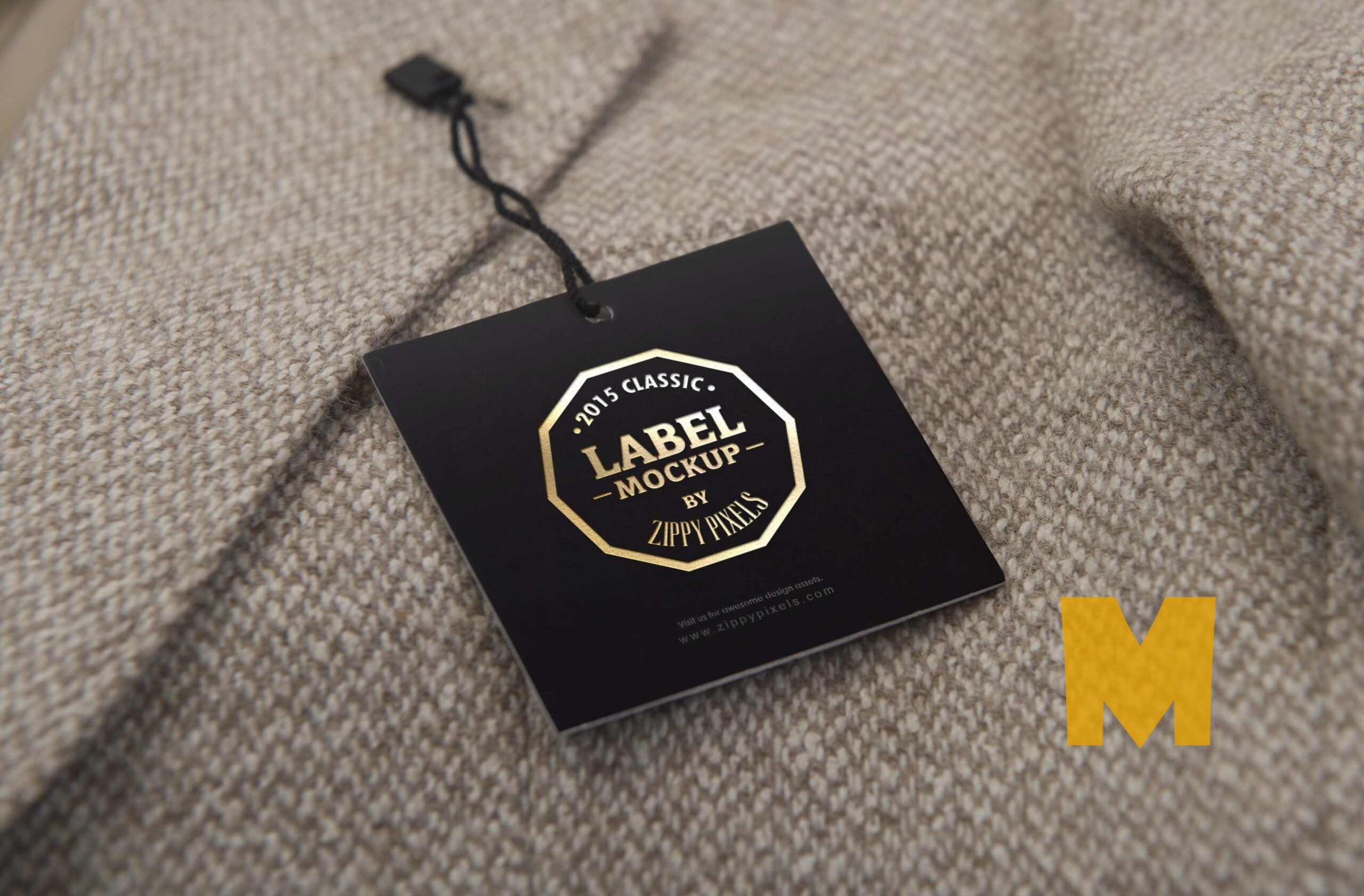 Free Superb Clothing Tag Mockup