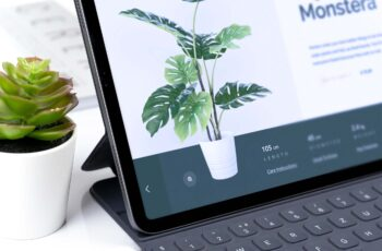 Free ipad Workspace Mock-Up