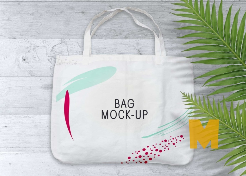 Free Punching Cotton Bag Mockup