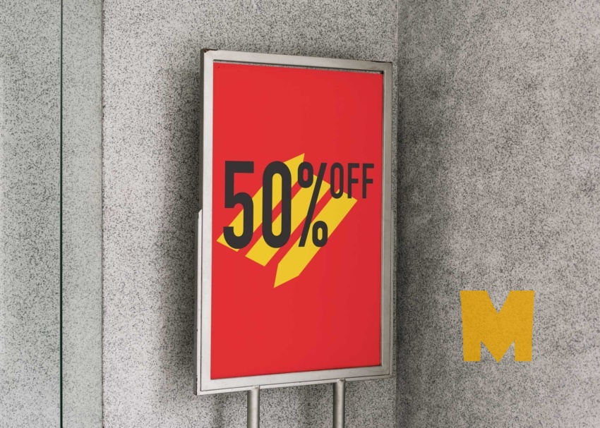 Free Sale Poster Mockup