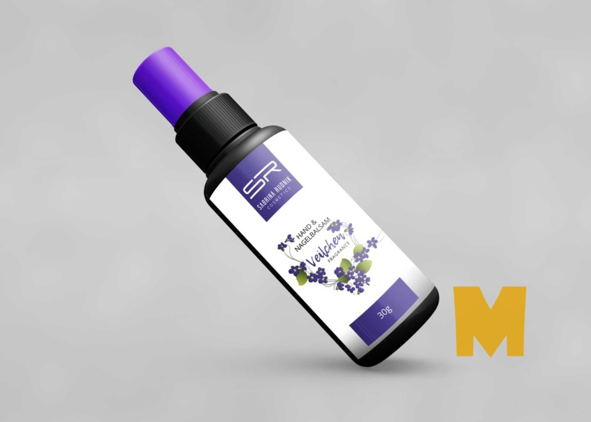 Free Spray Serum Bottle Mockup